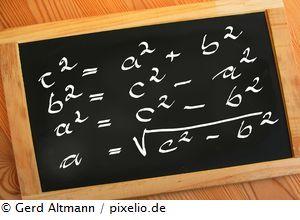 https://blog.adhs-ernaehrung.com/files/2014/03/Schultafel_Gerd-Altmann_pixelio-B.jpg